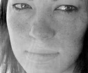 CarolineMonnet headshot