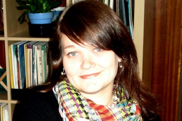 Monica Lowe headshot